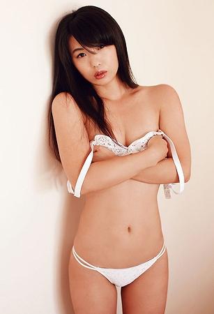 高田千尋巨乳おっぱい画像b07