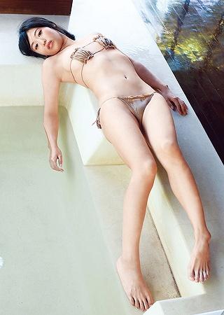 高田千尋巨乳おっぱい画像b09