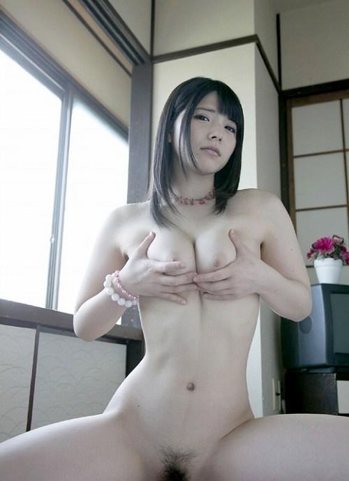 上原亜衣巨乳おっぱい画像b24