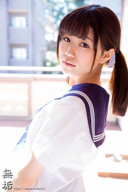 夏川ひまり美乳おっぱい画像a02