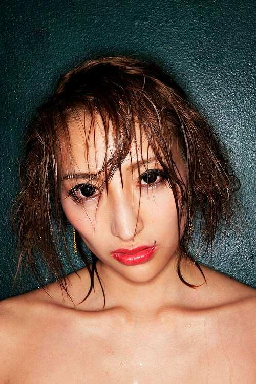 加藤紗里巨乳おっぱい画像b08