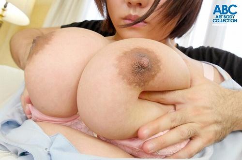 佐倉あゆKカップ爆乳おっぱい画像b03
