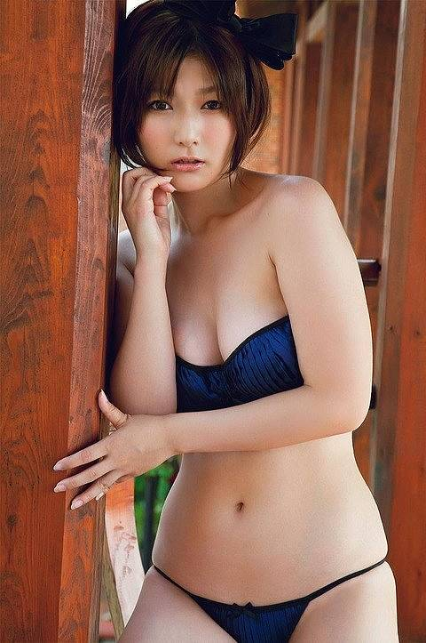 京本有加おっぱい画像b24