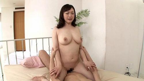 成澤ひなみ爆乳おっぱい画像b10