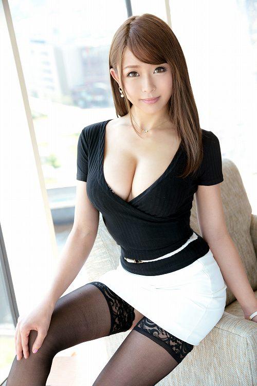 岸田舞巨乳おっぱい画像a02
