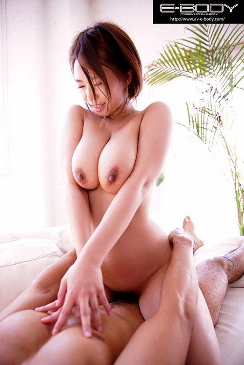 岡沢リナ爆乳おっぱい画像a09