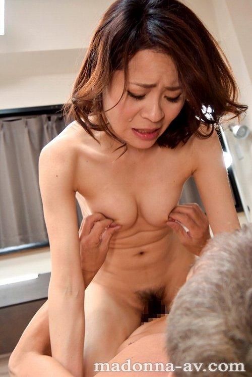 金島裕子美乳おっぱい画像a08