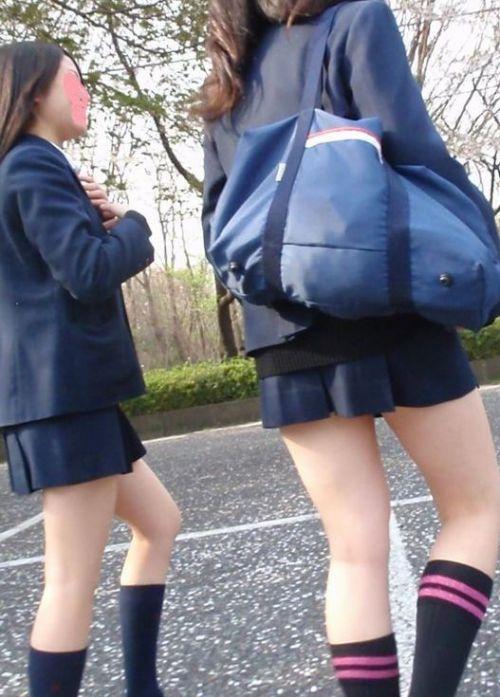 通学中のJKの美脚を盗撮したエロ画像下さい! 40枚 No.6