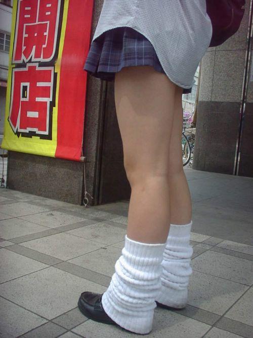 通学中のJKの美脚を盗撮したエロ画像下さい! 40枚 No.20