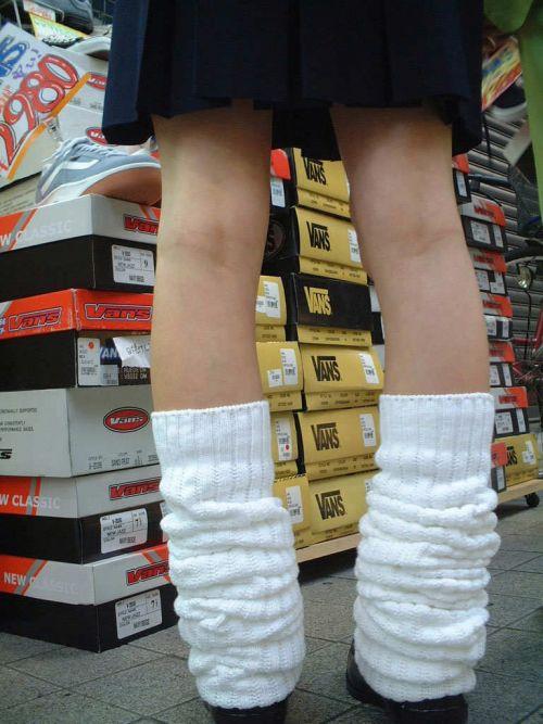 通学中のJKの美脚を盗撮したエロ画像下さい! 40枚 No.24