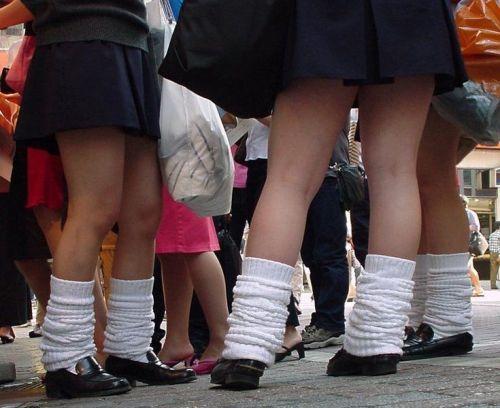 通学中のJKの美脚を盗撮したエロ画像下さい! 40枚 No.28
