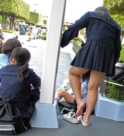 通学中のJKの美脚を盗撮したエロ画像下さい! 40枚 No.37