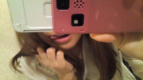 唾液がテカってエッチな舌を出してる舌出しフェチのためのエロ画像 39枚 No.8