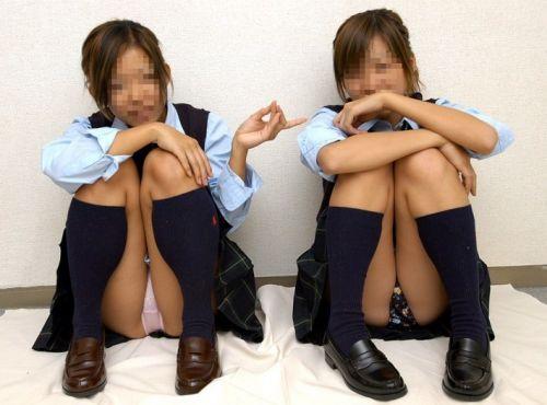 【エロ画像】M字開脚のNo.1はJKだと思うやつちょっと来い! 38枚 part.2 No.12