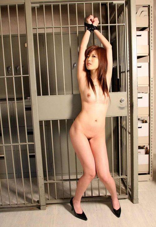 縄で緊縛されるのが大好きな変態女性達のSMエロ画像 39枚 No.36