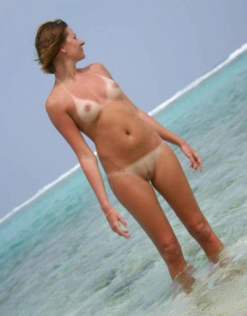 全裸の巨乳外国人だけを厳選したヌーディストビーチの盗撮画像 37枚 No.18