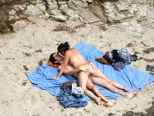 全裸の巨乳外国人だけを厳選したヌーディストビーチの盗撮画像 37枚 No.28