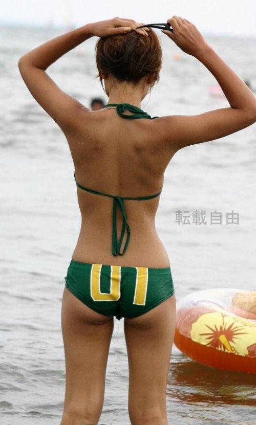 エロ過ぎるお尻がビーチにいることでさらにエロく感じる盗撮画像 35枚 No.5