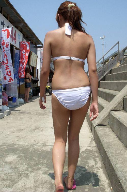 エロ過ぎるお尻がビーチにいることでさらにエロく感じる盗撮画像 35枚 No.14