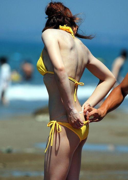 エロ過ぎるお尻がビーチにいることでさらにエロく感じる盗撮画像 35枚 No.19