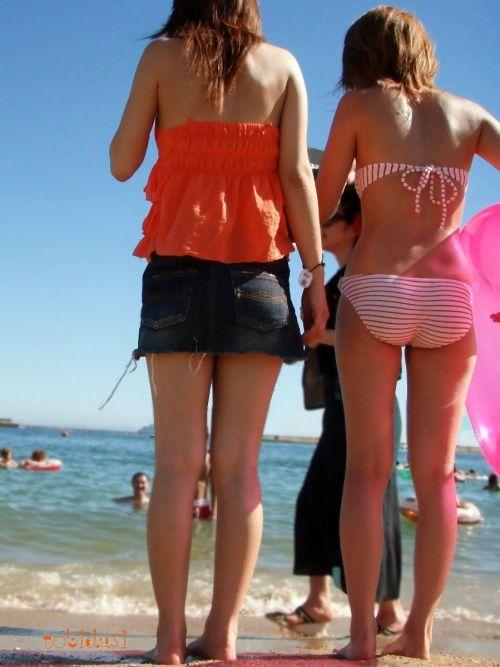 エロ過ぎるお尻がビーチにいることでさらにエロく感じる盗撮画像 35枚 No.31