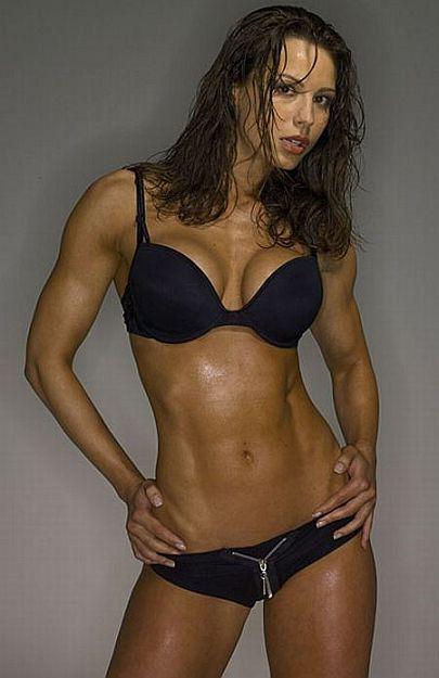 ガッチリ割れた美しい腹筋を持った外人女性のエロ画像 33枚 No.30
