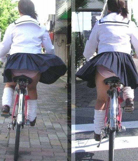 【盗撮】朝から爽やかにパンチラしちゃうJKの自転車通学画像 43枚 No.16
