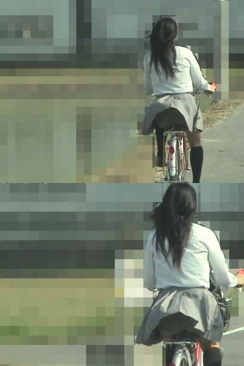 【盗撮】朝から爽やかにパンチラしちゃうJKの自転車通学画像 43枚 No.21