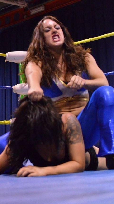 全裸、ニップレス外人女子が全力で戦うキャットファイトのエロ画像 38枚 No.28