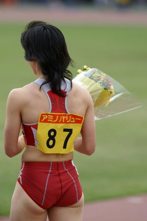 女子バレーと陸上女子のアスリートボディが引き締まってエロ過ぎwww 37枚 No.26