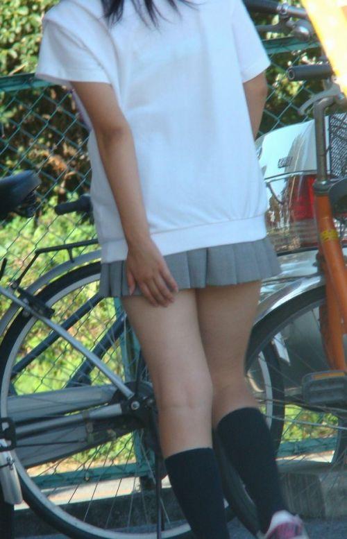 【盗撮画像】素足がスベスベでフレッシュなJKのナマ足エロ過ぎだわwww No.15