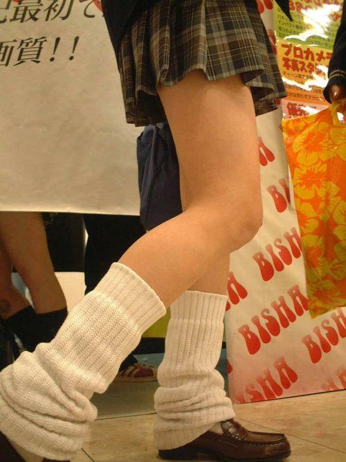 【盗撮画像】素足がスベスベでフレッシュなJKのナマ足エロ過ぎだわwww No.16