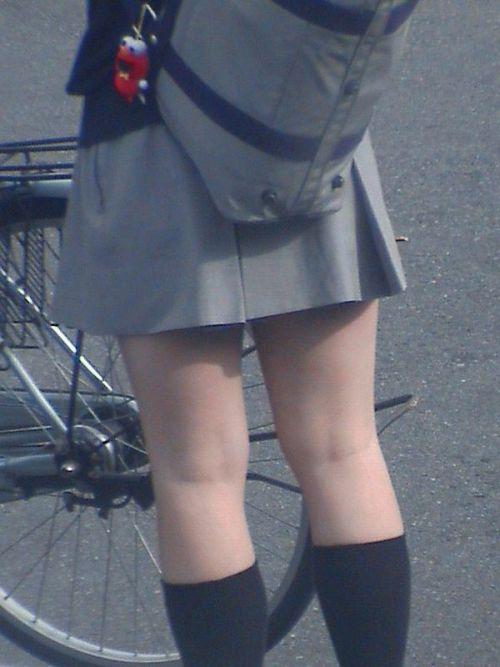 【盗撮画像】素足がスベスベでフレッシュなJKのナマ足エロ過ぎだわwww No.38
