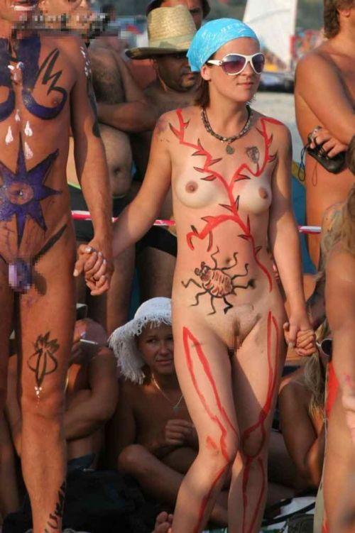 【盗撮画像】全裸なのを忘れてそうなヌーディストビーチの外人女性 38枚 No.16