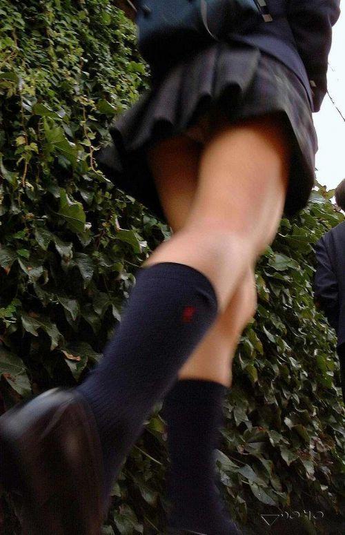 【エロ画像】 斜め下から盗撮したJKのお尻パンチラがボリューミーだわwww 39枚 No.14