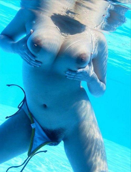 全裸やおっぱい丸出しでおふざけMAXなギャル達の画像まとめ 38枚 No.28