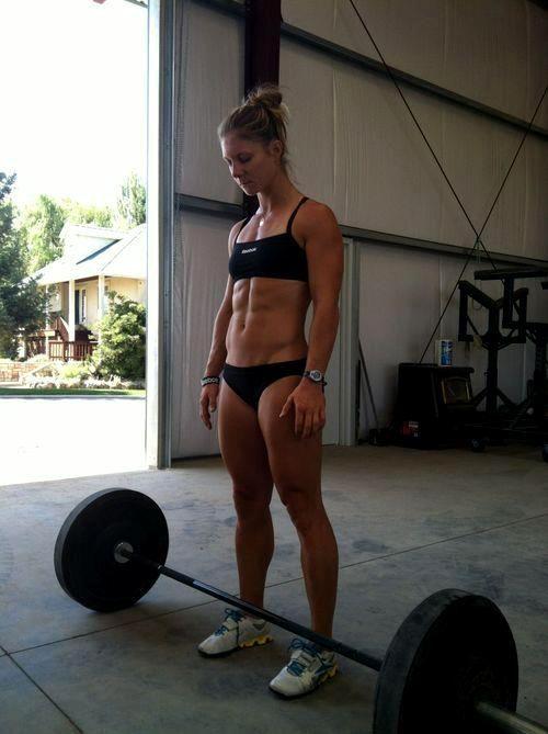 筋肉質の外国人の割れている腹筋がエロく感じるやつちょっと来い 33枚 No.5
