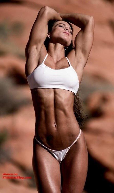 筋肉質の外国人の割れている腹筋がエロく感じるやつちょっと来い 33枚 No.29