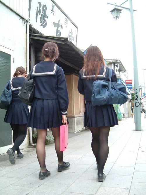 【盗撮】黒タイツを履いたミニスカ女子高生画像まとめ 36枚 No.16