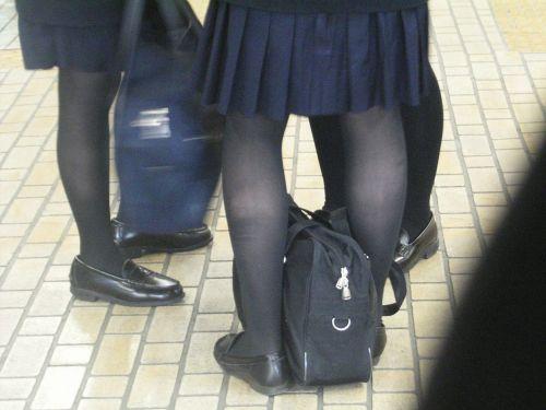 【盗撮】黒タイツを履いたミニスカ女子高生画像まとめ 36枚 No.21