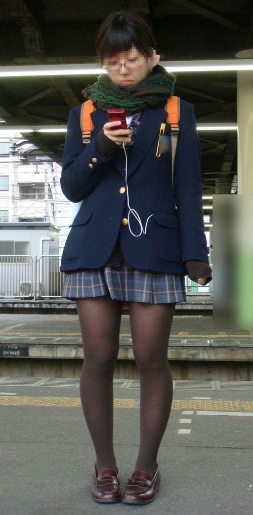 【盗撮】黒タイツを履いたミニスカ女子高生画像まとめ 36枚 No.28