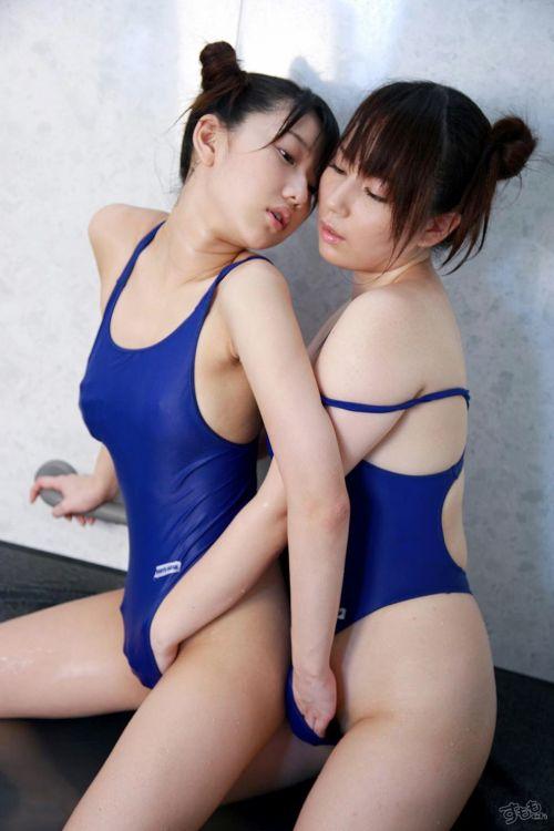 巨乳と美尻を愛撫するレズビアン達がハッスルし過ぎなエロ画像 40枚 No.23