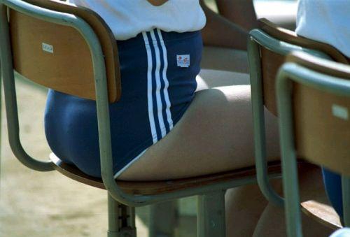 【JK画像】お尻と股間に注目を集めちゃうブルマってやっぱエロイよな! 39枚 No.7
