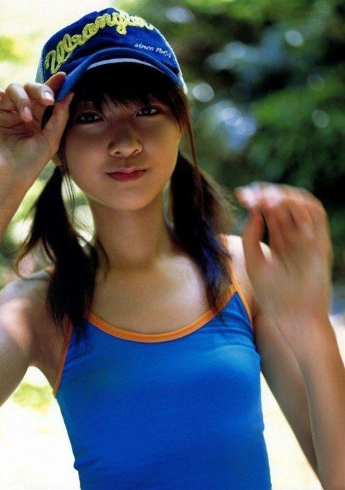 【エロ画像】胸の開いた服来ておっぱい胸チラで誘惑してくる女性達 40枚 No.6