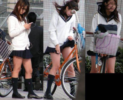 【盗撮】街中を歩いてたら自転車通学中のJKのパンチラ見えちゃったわwww 39枚 No.16