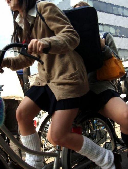 【盗撮】街中を歩いてたら自転車通学中のJKのパンチラ見えちゃったわwww 39枚 No.17