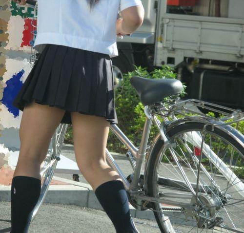 【盗撮】街中を歩いてたら自転車通学中のJKのパンチラ見えちゃったわwww 39枚 No.27