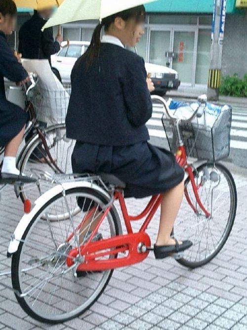 【盗撮】街中を歩いてたら自転車通学中のJKのパンチラ見えちゃったわwww 39枚 No.29