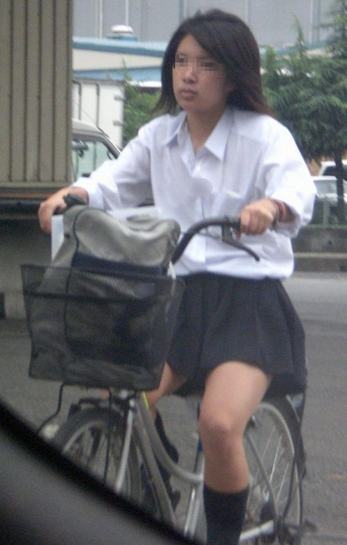 【盗撮】街中を歩いてたら自転車通学中のJKのパンチラ見えちゃったわwww 39枚 No.38