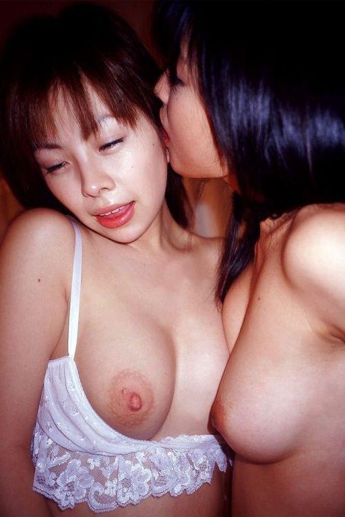 禁断の女性の神域!同性愛が美しいレズビアンのエロ画像! No.2